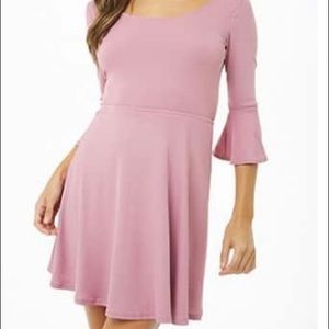 💗 NWT Ribbed Tie-Back Skater Dress 💓💅🏻